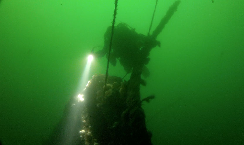 Kintyre-bow-and-diver2