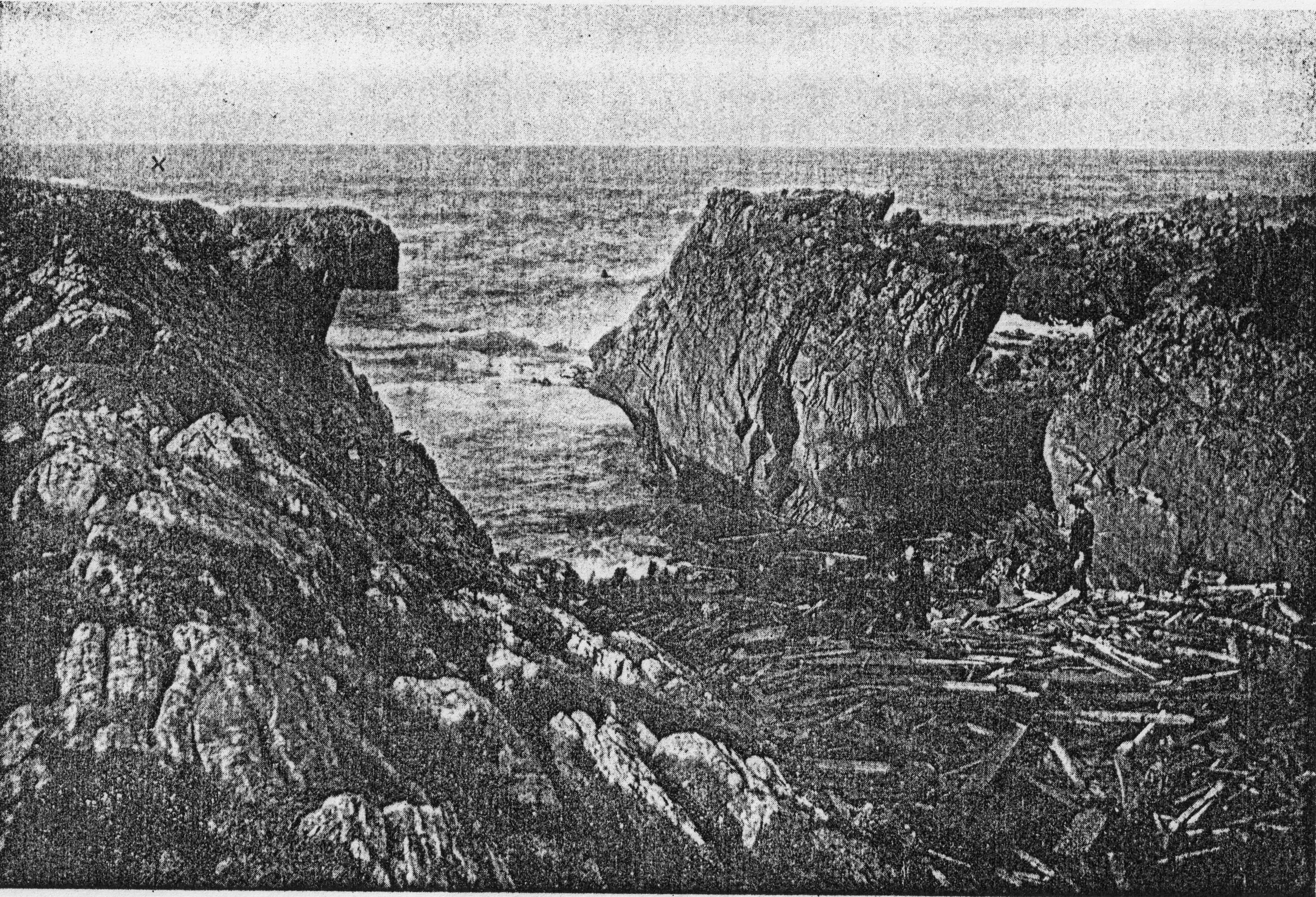 Otranto-wreckage